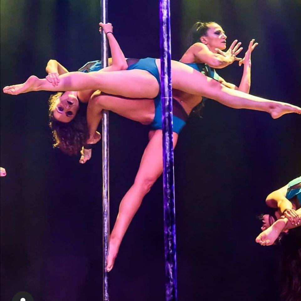 vertical divas pole dancing
